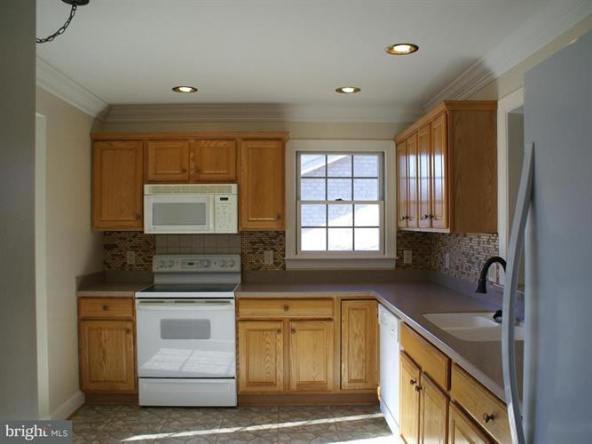 156 Maynard Lane, Strasburg, VA - USA (photo 5)