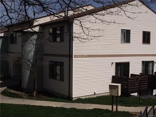452 Country Club Lane, Pomona, NY - USA (photo 2)