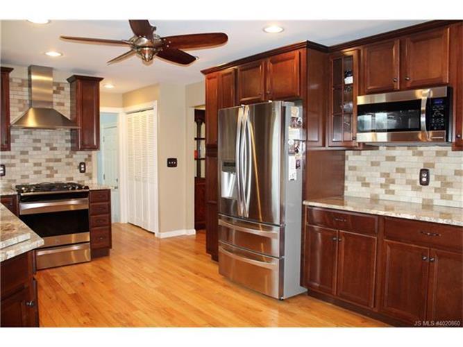 306 Bartley, Jackson, NJ - USA (photo 3)