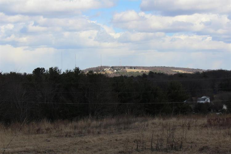 205 Upper Nis Hollow Dr, Lehighton, PA - USA (photo 5)