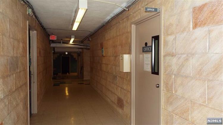 280 Prospect Avenue, Unit #10 10-o, Hackensack, NJ - USA (photo 2)