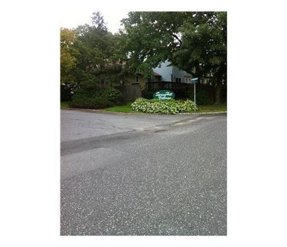 26 Upperbrook Court, Parlin, NJ - USA (photo 1)