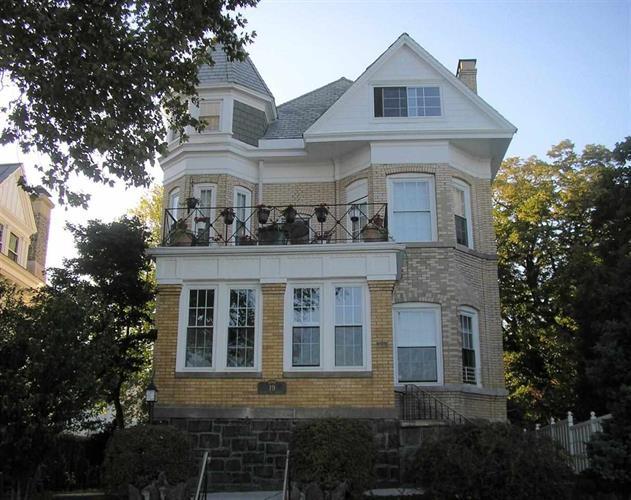 19 Hamilton Ave 3, Weehawken, NJ - USA (photo 1)