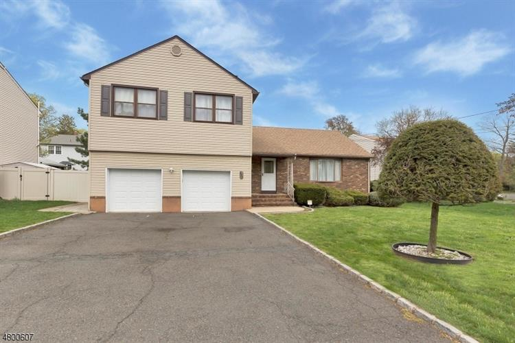935 W Lake Ave, Rahway, NJ - USA (photo 1)