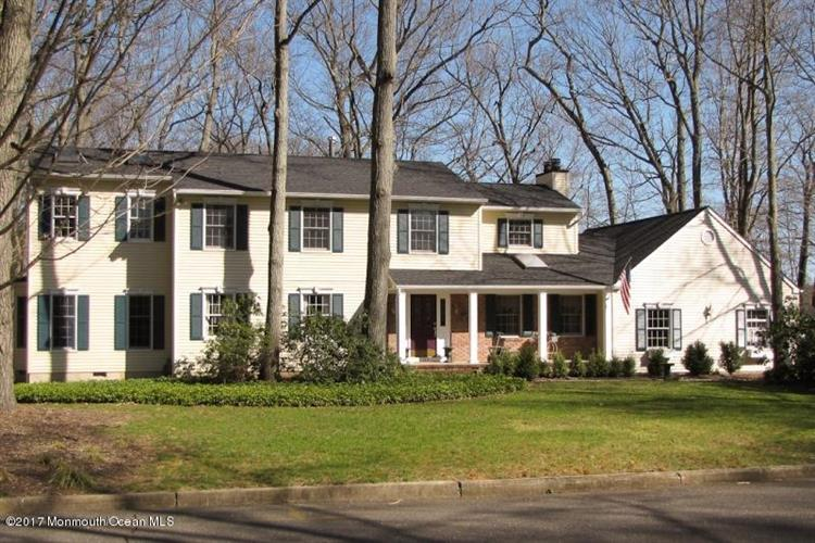 101 Oak Glen, Lincroft, NJ - USA (photo 1)