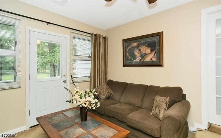 192 Emerson Rd, Franklin Twp, NJ - USA (photo 4)