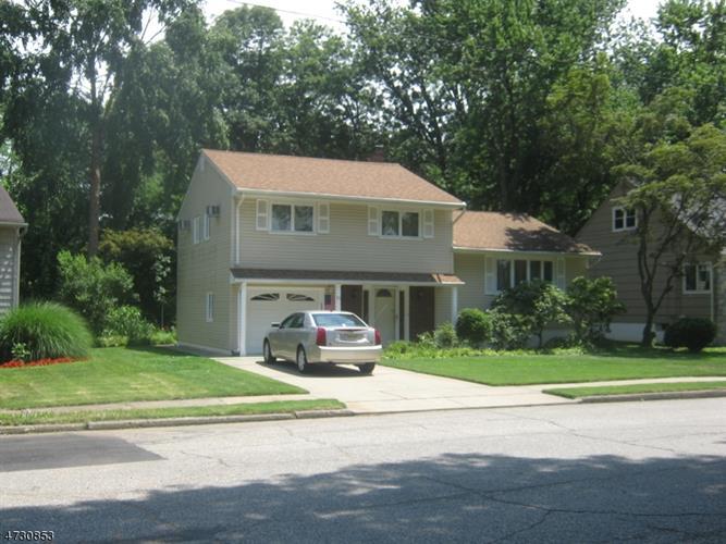 51 Hearthstone Rd, Bloomfield, NJ - USA (photo 1)