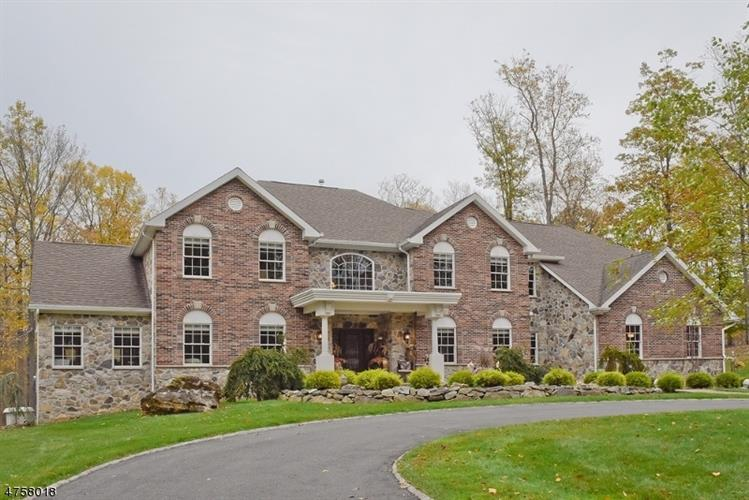 12 Lourdes Ct, Andover, NJ - USA (photo 3)