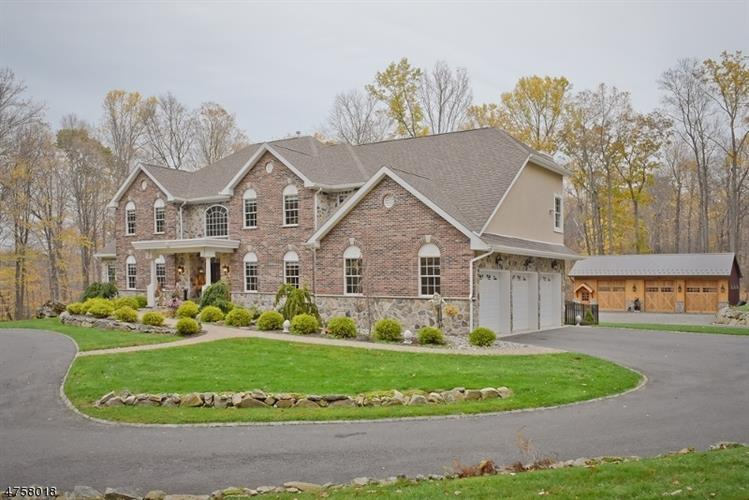 12 Lourdes Ct, Andover, NJ - USA (photo 4)