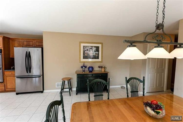 63 Ridge Dr, Montville Township, NJ - USA (photo 5)
