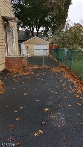 114 Faulks Pl, South Plainfield, NJ - USA (photo 4)