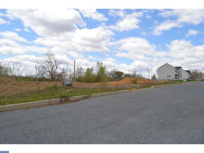 114 Oakwood Dr #lot 21 Lot21, Whitehall, PA - USA (photo 1)