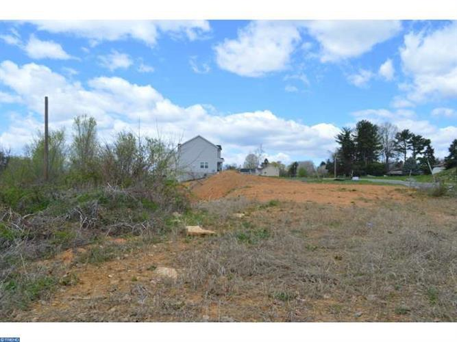 114 Oakwood Dr #lot 21 Lot21, Whitehall, PA - USA (photo 3)