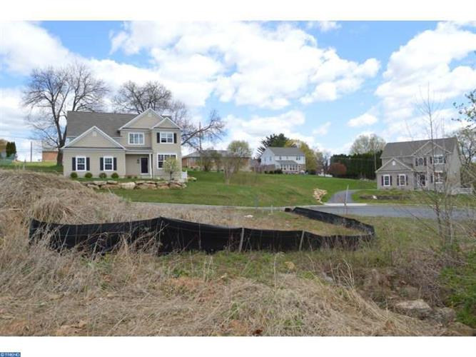 114 Oakwood Dr #lot 21 Lot21, Whitehall, PA - USA (photo 4)