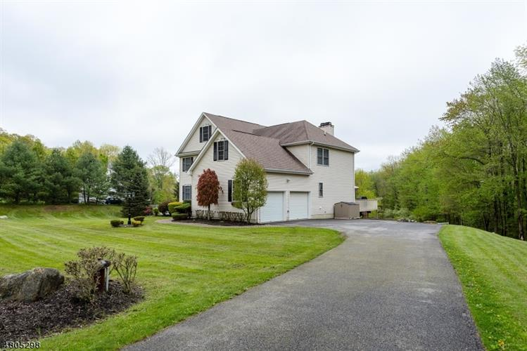180 Smithtown Rd, Mount Olive, NJ - USA (photo 2)