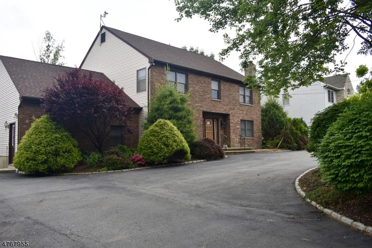 387 River Rd, East Hanover, NJ - USA (photo 2)
