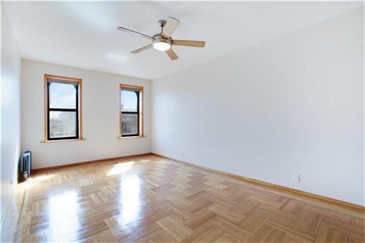 24 Bennett Avenue 62-b, New York, NY - USA (photo 4)