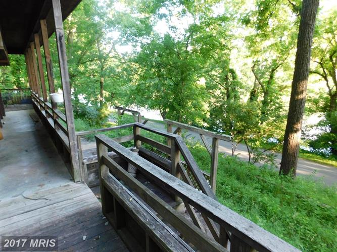 2163 Lockes Mill Rd, Berryville, VA - USA (photo 5)
