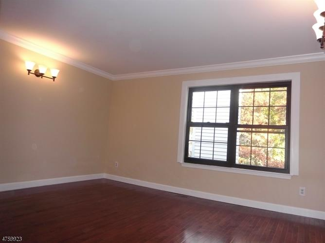 411 Hawthorne Ct, Flemington, NJ - USA (photo 4)