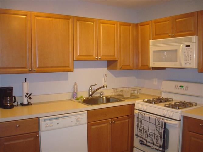 45 Lackland Avenue 45, Piscataway, NJ - USA (photo 4)