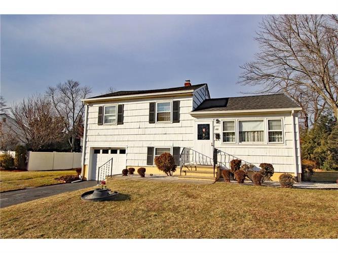 188 W Elmwood Drive, South Plainfield, NJ - USA (photo 1)