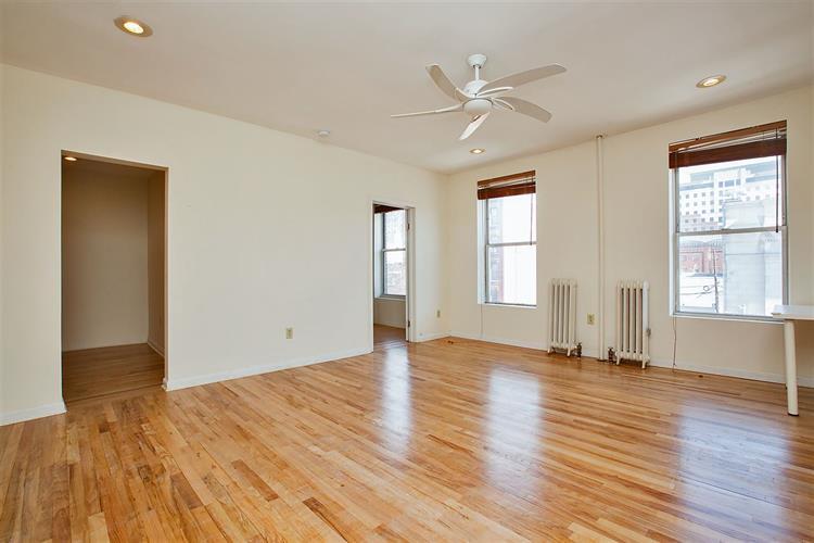 102 Washington St, Unit 3b 3b, Hoboken, NJ - USA (photo 4)