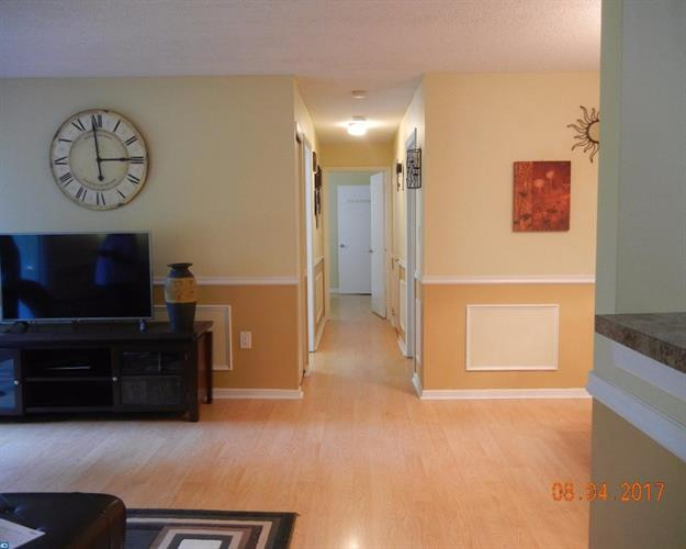 8014 Tamarron Dr, Plainsboro, NJ - USA (photo 1)
