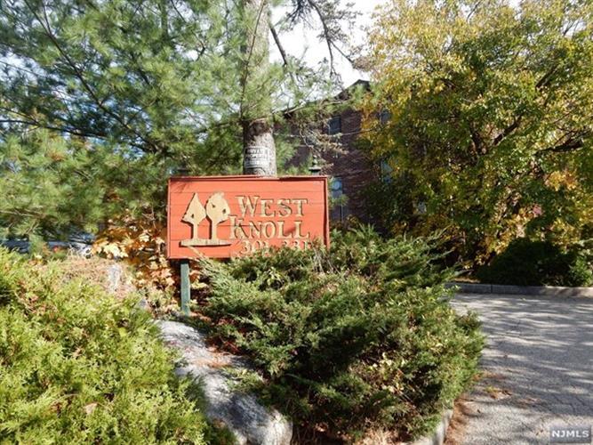 327 Ringwood Avenue, Pompton Lakes, NJ - USA (photo 3)