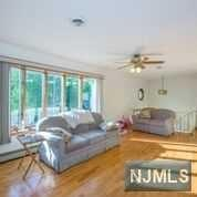 86 Riverview Avenue, North Arlington, NJ - USA (photo 3)