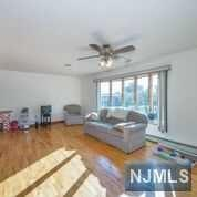 86 Riverview Avenue, North Arlington, NJ - USA (photo 4)