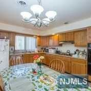 86 Riverview Avenue, North Arlington, NJ - USA (photo 5)
