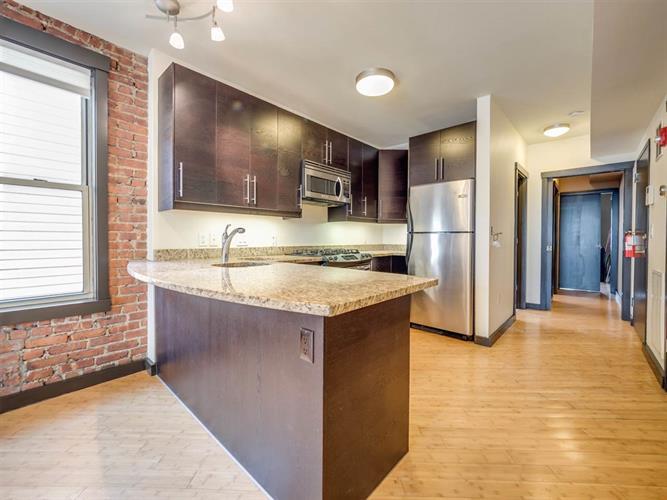 324 Baldwin Ave 3r, Jersey City, NJ - USA (photo 4)