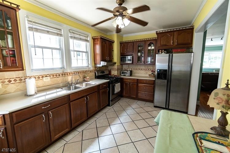 7306 Cottage Ave, North Bergen, NJ - USA (photo 1)