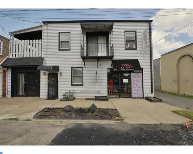 619 Fulton St, Chester, PA - USA (photo 2)