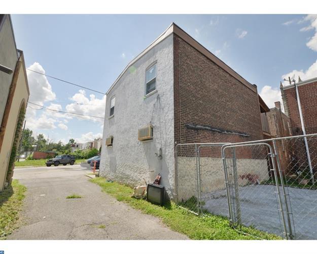 619 Fulton St, Chester, PA - USA (photo 3)