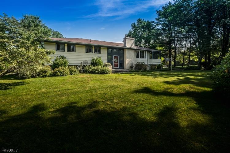 1 Manor Dr, Andover, NJ - USA (photo 1)