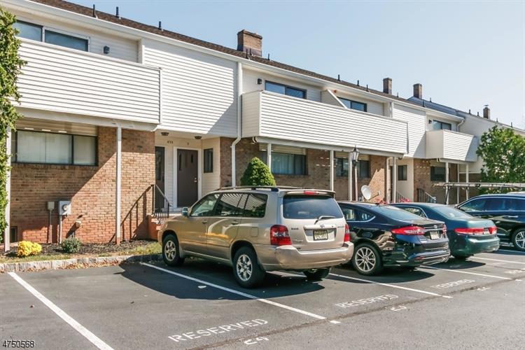 672-d Marshall Rd, Hillsborough, NJ - USA (photo 2)