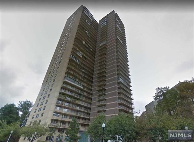 6040 Boulevard East 15d, West New York, NJ - USA (photo 2)