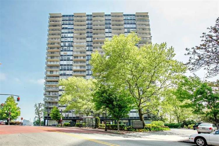 6050 Blvd East #18h, West New York, NJ - USA (photo 1)