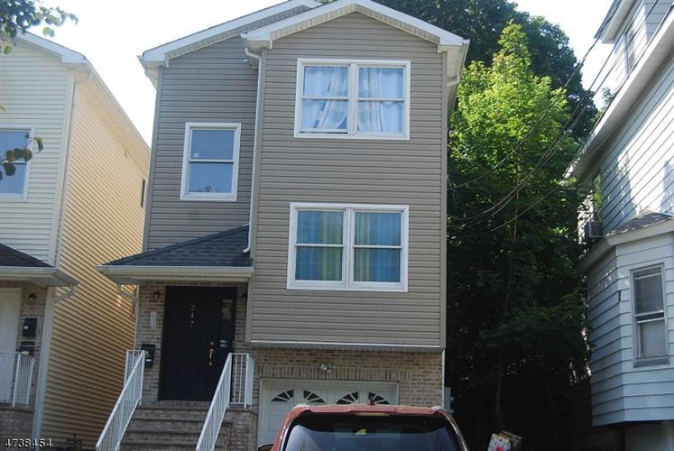 247 Burgess Pl 1, Passaic, NJ - USA (photo 1)