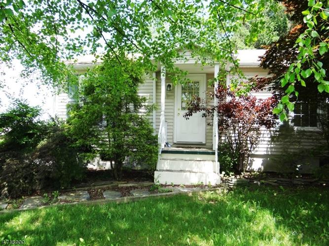 12 Parkhill Rd, Washington Township, NJ - USA (photo 1)
