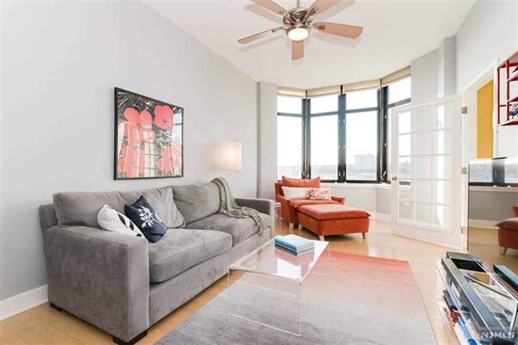 1025 Maxwell Lane, Unit #1215 1215, Hoboken, NJ - USA (photo 1)