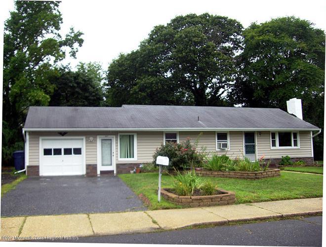 401 Green Grove Road, Neptune, NJ - USA (photo 1)