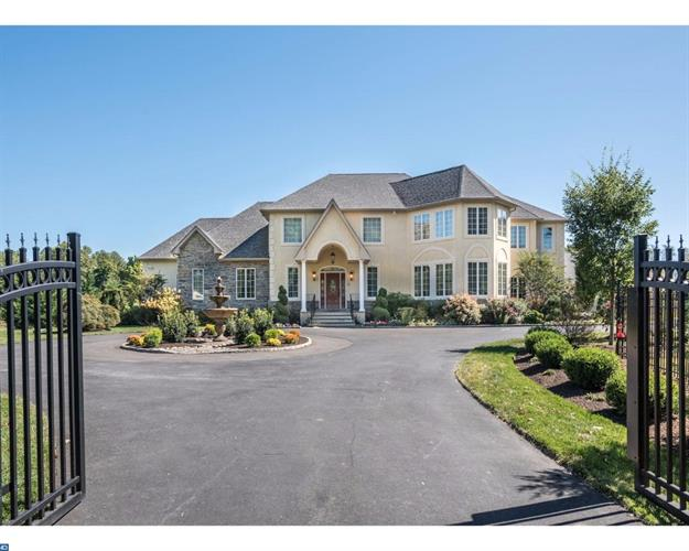 625 Winchester Rd, Huntingdon Valley, PA - USA (photo 1)