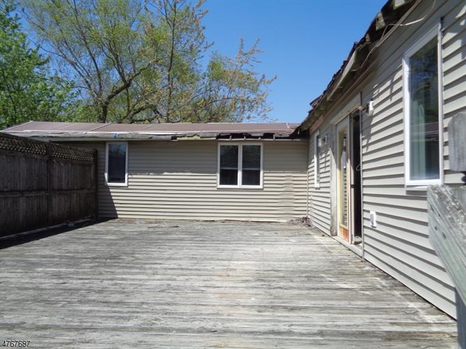 32 Camp Lane, Fairfield, NJ - USA (photo 2)