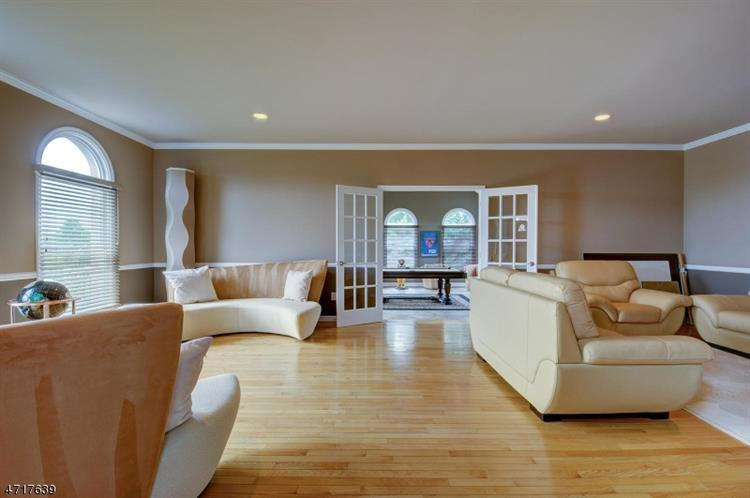 188 Fairfield Ln, Hillsborough, NJ - USA (photo 5)