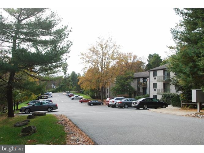 15 Dougherty Boulevard R4, Glen Mills, PA - USA (photo 2)