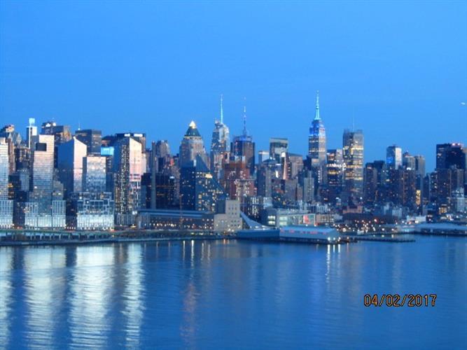 6600 Blvd East, Unit 8l 8l, West New York, NJ - USA (photo 1)
