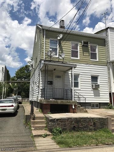 33-35 Maryland Ave, Paterson, NJ - USA (photo 1)