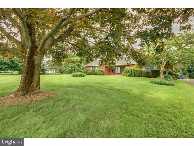2942 Township Line Road, Norristown, PA - USA (photo 3)